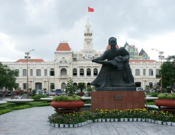 Hochiminh City- A Shopping Heaven For Tourists in Vietnam Travel