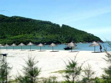 My Khe Beach, a beautiful beach in Da Nang